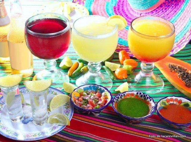 Comida y Bebida Cinco de Mayo