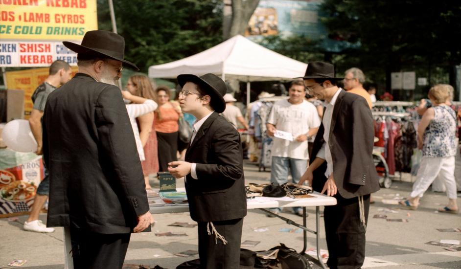 Tour de Contrastes en Nueva York donde se ven a los judíos ortodoxos en Brooklyn