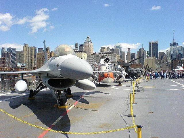 Avion del Intrepid Museum