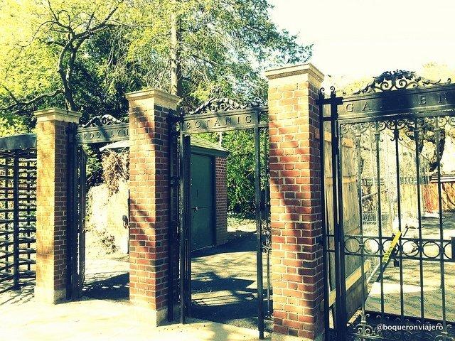 Entrada al Jardín Botánico de Brooklyn