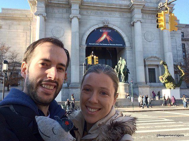 Abby y Pedro en el Museo Americano de Historia Natural de Nueva York