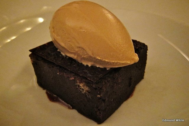 Brownie de chocolate en el Restaurante Blue Hill Nueva York