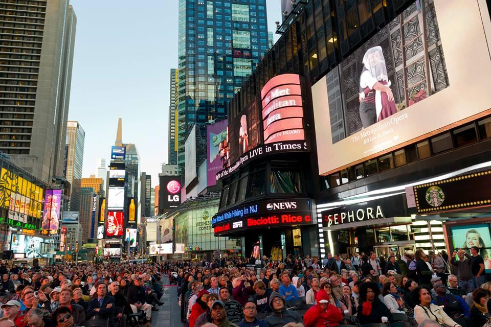 Arranca la temporada de ópera en Times Square