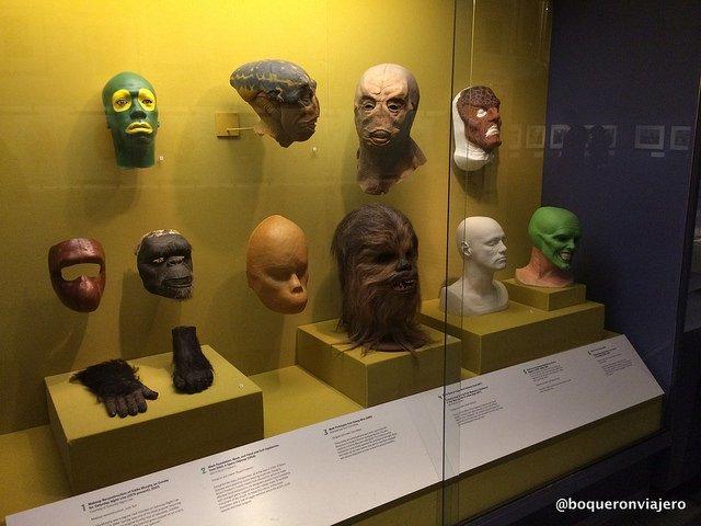Máscaras reales de películas en el Museo de la Imagen en Movimiento de Queens