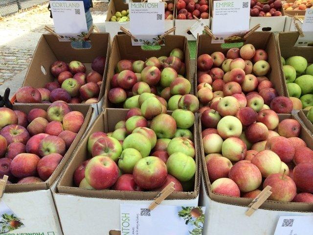 Manzanas en el Farmer's Market