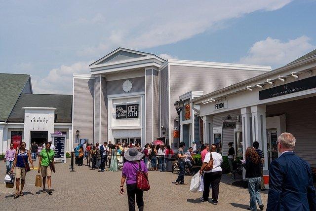 Visita a los outlets de Woodbury