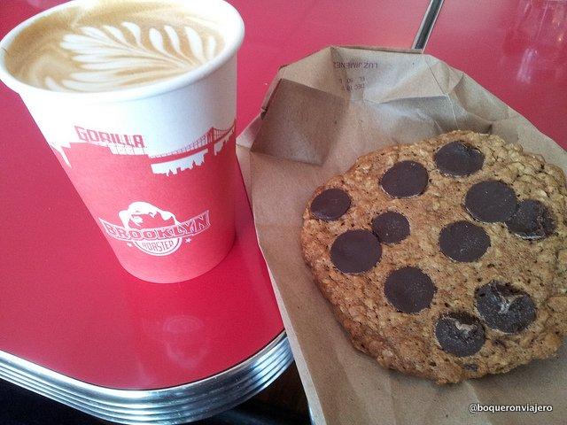 Café Latte de Gorilla Coffee en Brooklyn