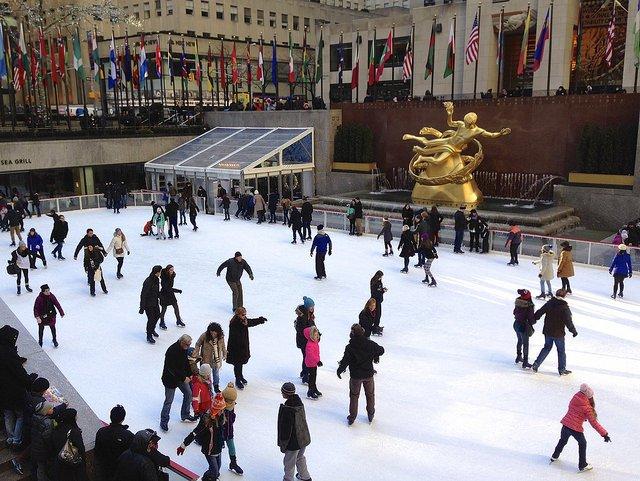 Patinando en Rockefeller Center