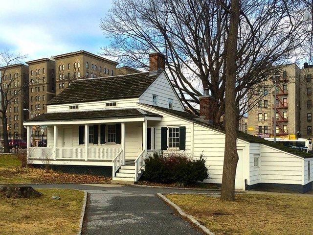 Casa Museo de Edgar Allan Poe Bronx
