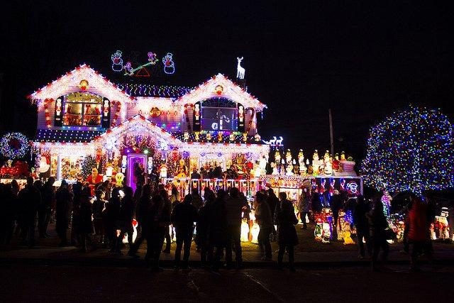 Queens y las luces de Navidad