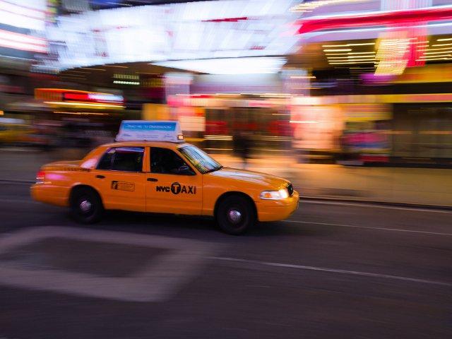 Hay que dar propinas en Nueva York para el taxi