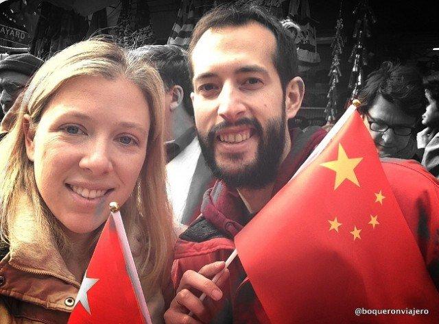 Con las banderas de China gratis en el desfile de Chinatown para Año Nuevo Chino.
