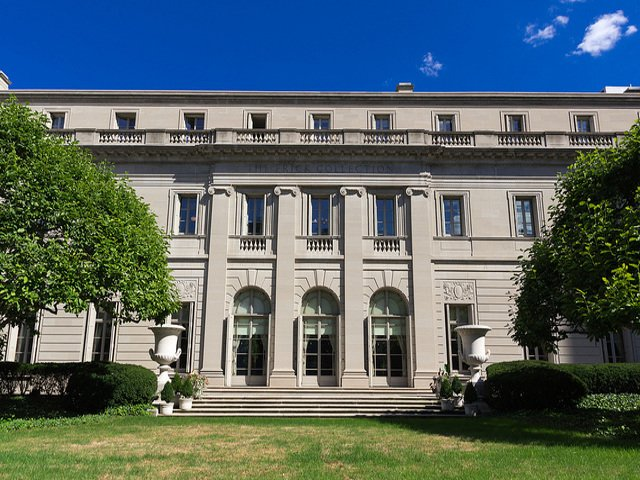 Exterior de The Frick Collection en Nueva York