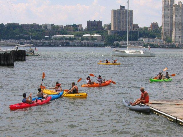 En junio en Nueva York se puede ir en kayak