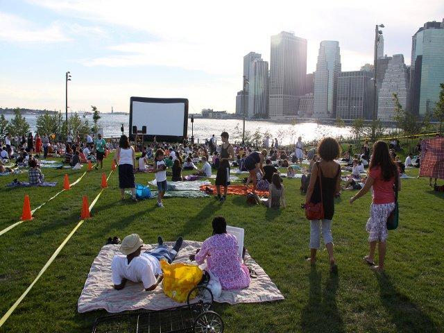 En junio en Nueva York se puede ver películas en el parque