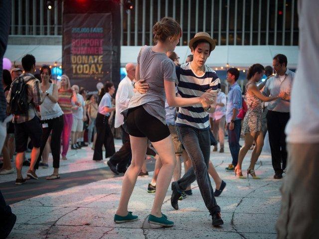 Bailar swing en Nueva York en julio