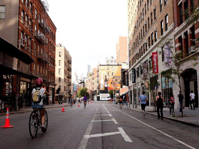 En agosto en Nueva York puedes jugar en la calle