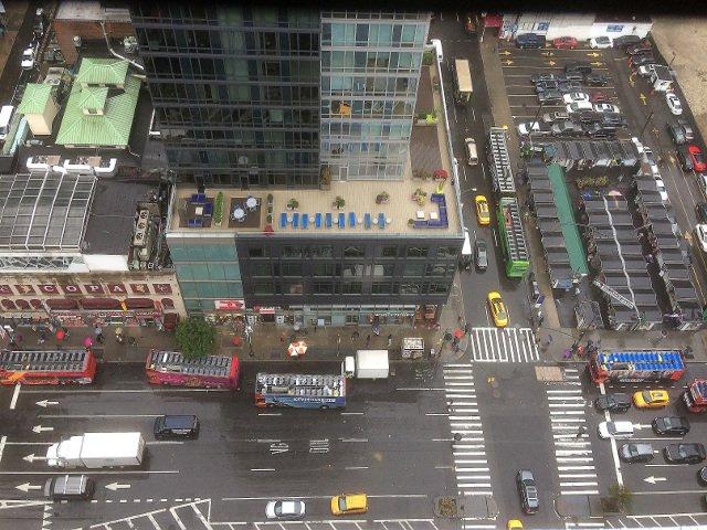 Vistas de la calle desde el piso 27 en el Riu Plaza Times Square