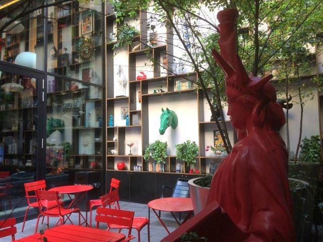 Jardín del citizenM hotel New York Times Square