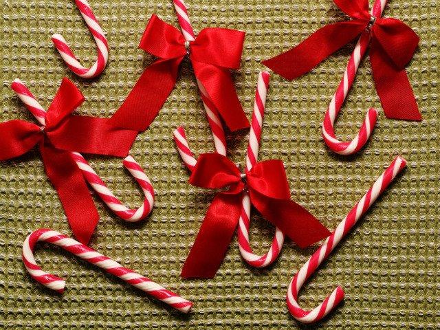 Otra comida de navidad en Nueva York es el bastón de caramelo
