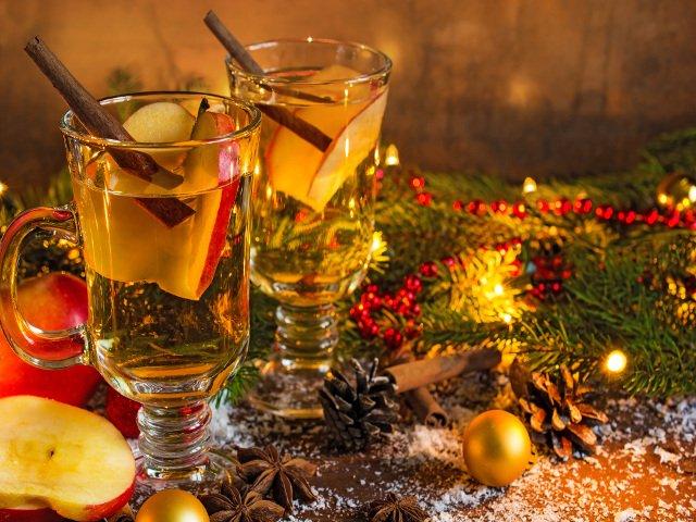 Sidra de manzana caliente es una bebida típica de navidad en Nueva York