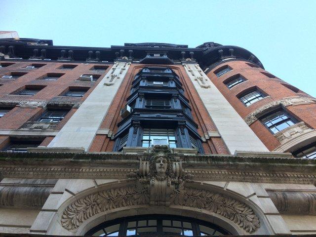 Fachada del Hotel Belleclaire en el Upper West Side de Nueva York
