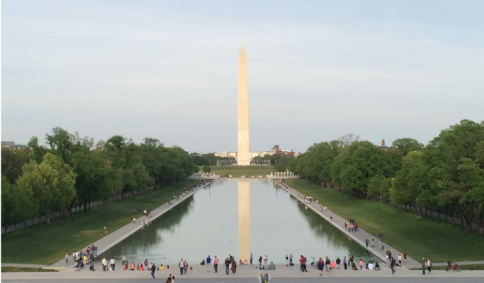 Monumento a Washington y piscina