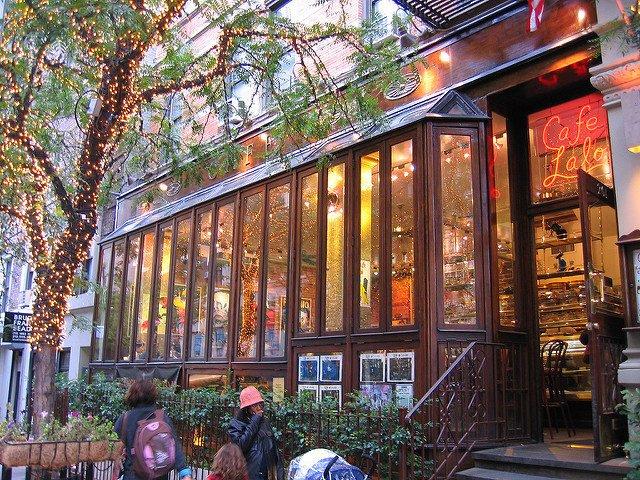 Exterior Cafe Lalo Nueva York