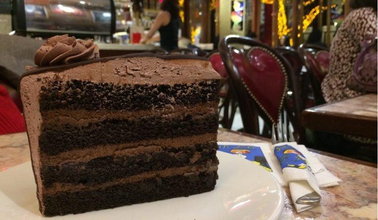 Tarta de chocolate Cafe Lalo Nueva York