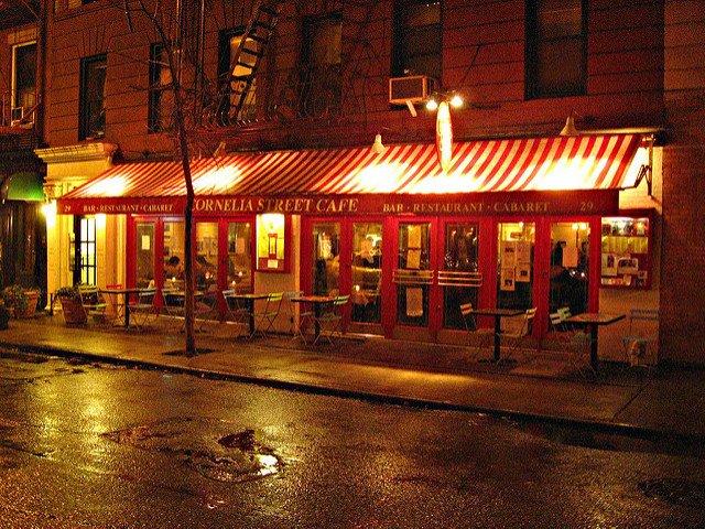 Cornelia Street Café es un buen sitio para escaparse del frío en Nueva York