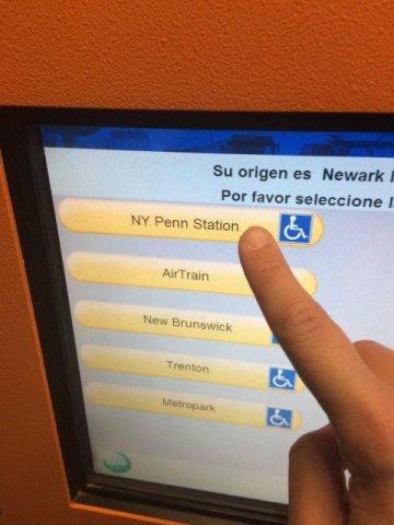 6 Pantalla comprando billetes Air Train Aeropuerto de Newark
