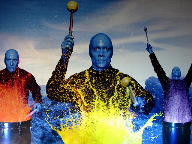 Blue Man Group es un espectaculo de Broadway para toda la familia