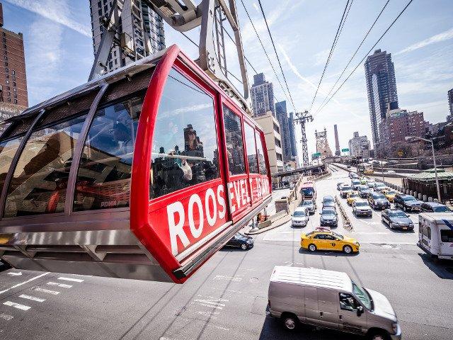 Un consejo para ahorrar dinero en Nueva York es aprovechar del transporte público para sacar fotos