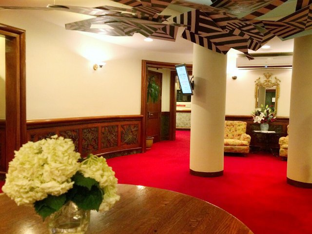 Lobby del Hotel Roger Smith Nueva York