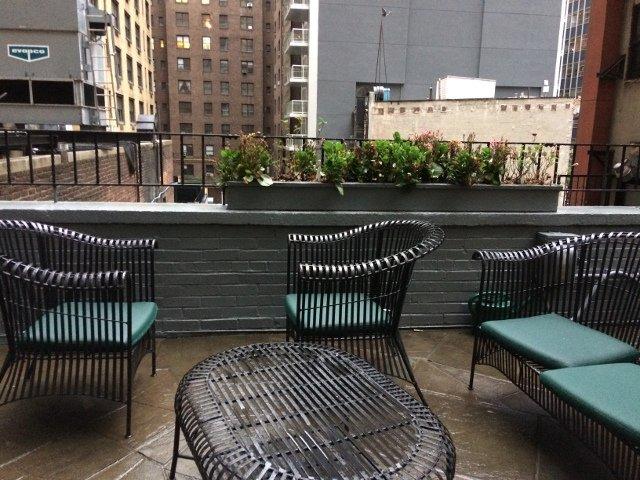Terraza del Hotel Roger Smith Nueva York