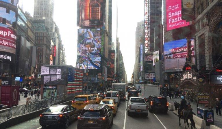 Portada Times Square visto desde el Big Bus con la New York Pass