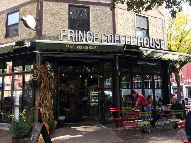 Prince Coffee House en Arthur Avenue Bronx