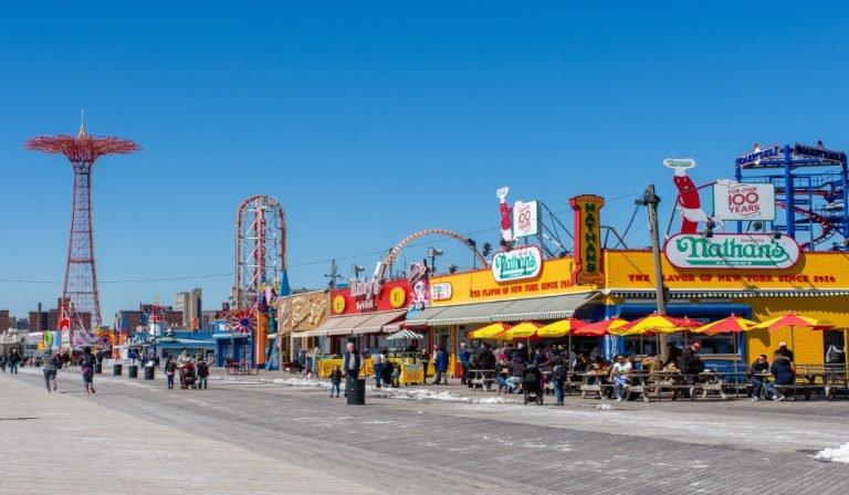 Coney Island es una de las mejores Playas En Nueva York