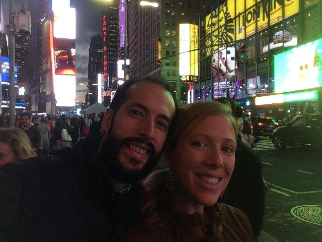 Paseo por Times Square durante nuestro babymoon