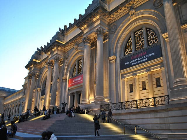 El Museo Metropolitano se carga de magia en Navidad