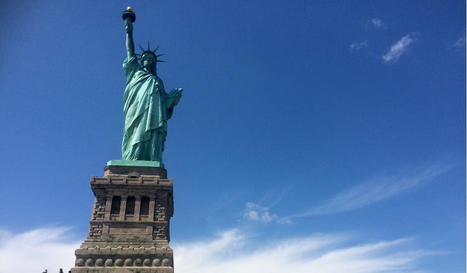 ¿Cómo llegar en ferry a la Estatua de la Libertad?