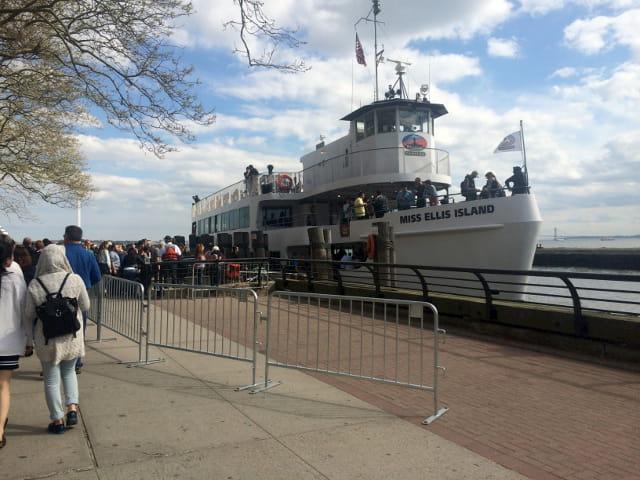 Ferry oficial para llegar a la Estatua de la Libertad