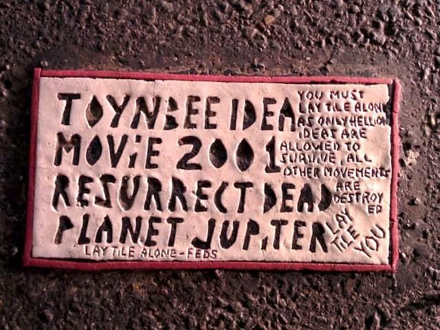 Buscando los ladrillos de Toynbee