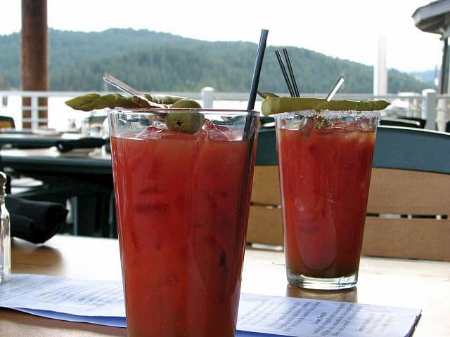 Tomando un Bloody Mary con vistas