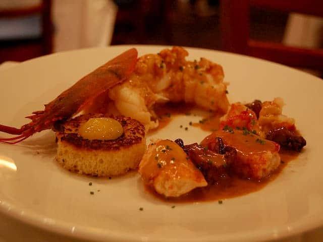 Lobster Newburg como parte de la gastronomía neoyorquina